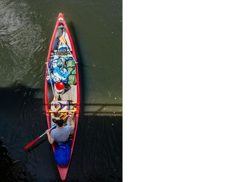 EditierenInteressanter Einblick: das Kanu von oben.