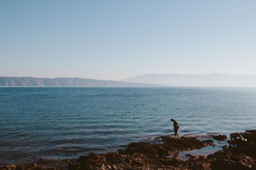 Die Küste von Hvar – wir gehen hier ziemlich oft baden und versuche mich am Schnorcheln.