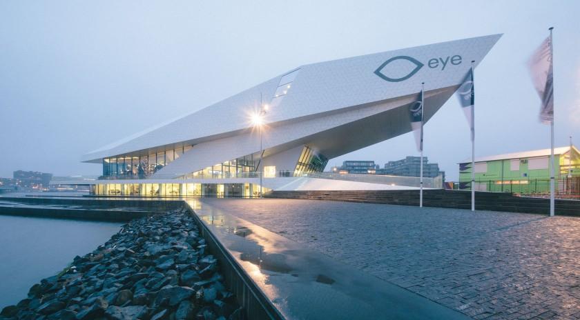 Das Eye Film Institute: Sehr geile Architektur, direkt am Wasser.