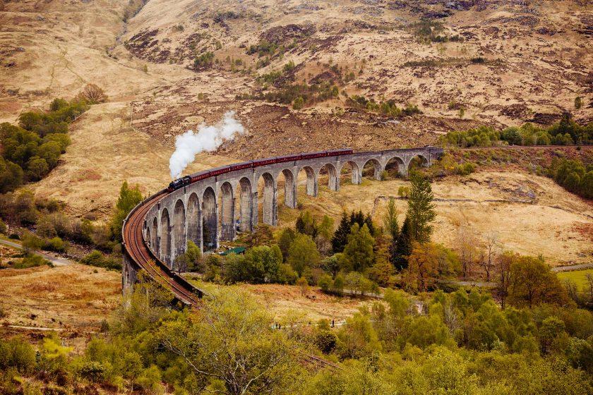 Das Glenfinnan-Viadukt mit dem Harry Potter Zug darauf, sehr imposantes Erlebnis.