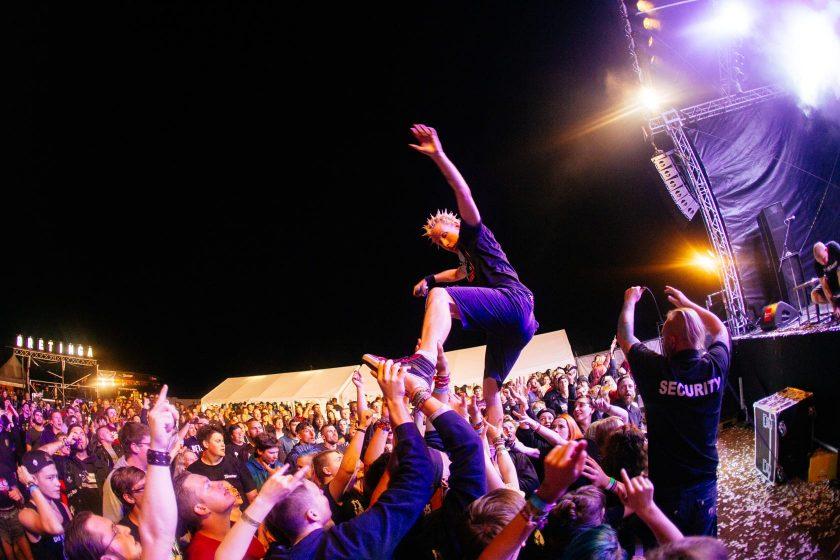 ZSK Sänger Joshi auf dem Bretinga Open Air 2017